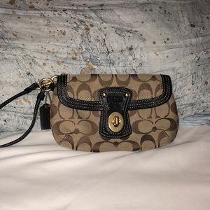 Tan coach wristlet with removable strap